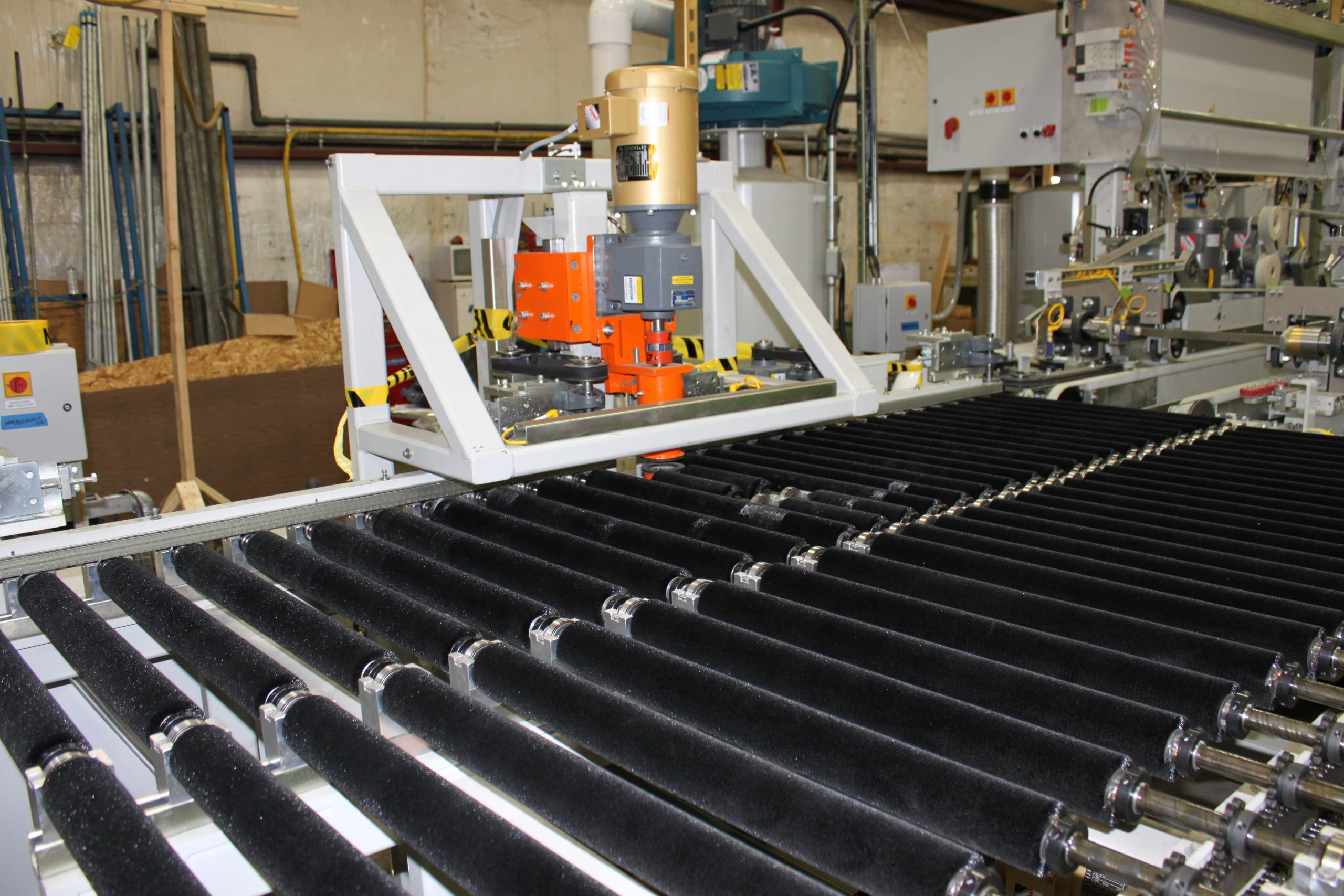 Double Edge Grinding Systems - In-line rotator-transfer | Glassline